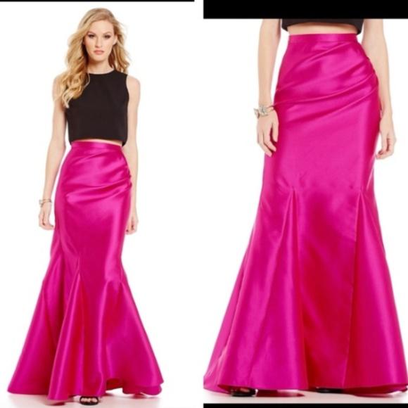 Badgley Mischka Dresses & Skirts - Badgley Mischka Mercedes Mermaid Pink Skirt NWT